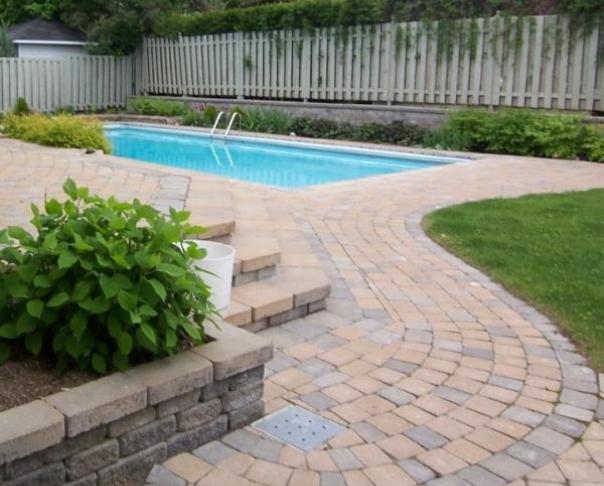 Pool deck and terrace - Transpavé Semita paving stone