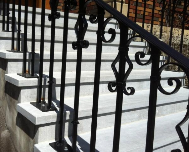 Escaliers de pierre Saint-Marc - Escaliers de pierre Saint-Marc à Outremont