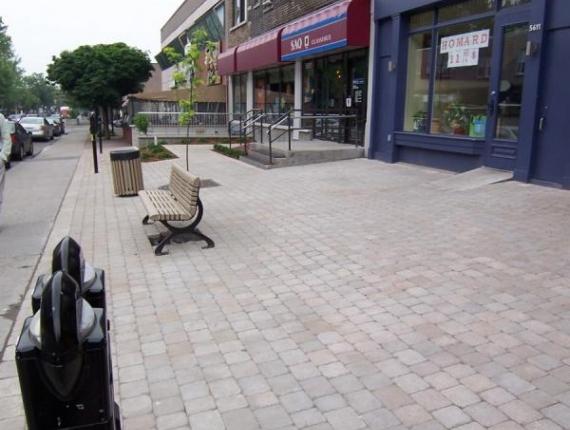Façade de commerce - Rue Monkland
