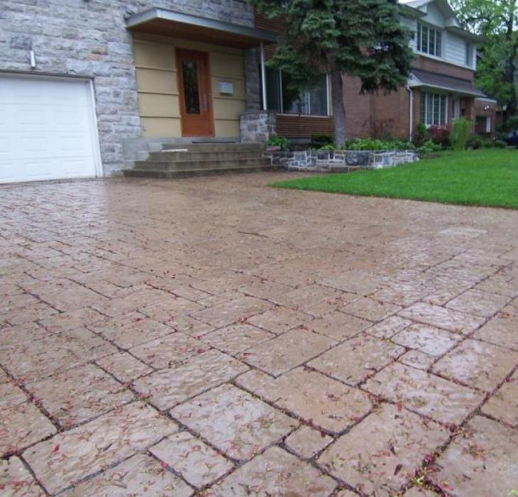 Paving stone driveway - Rinox mega Belair beige