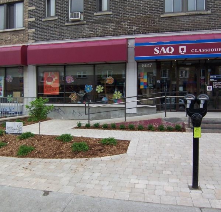 Commercial store front - Commercial lanscaping. Monkland NDG Montreal